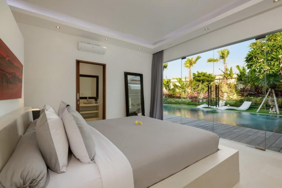 Villa-Kyah-Bali-Bedroom-Pool-View