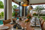2-Villa-The-Maya-Dining-Table