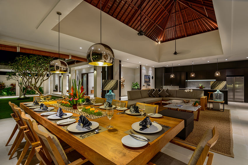 20-Villa-The-Maya-Dining-Area