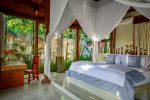 5.-Villa-Shalimar-Cantik-Bedroom-one