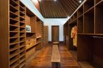 10-Pangi Gita master bedroom walk-through wardrobes