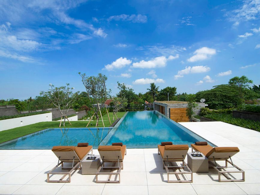 2. Villa Iman Sunloungers by the pool