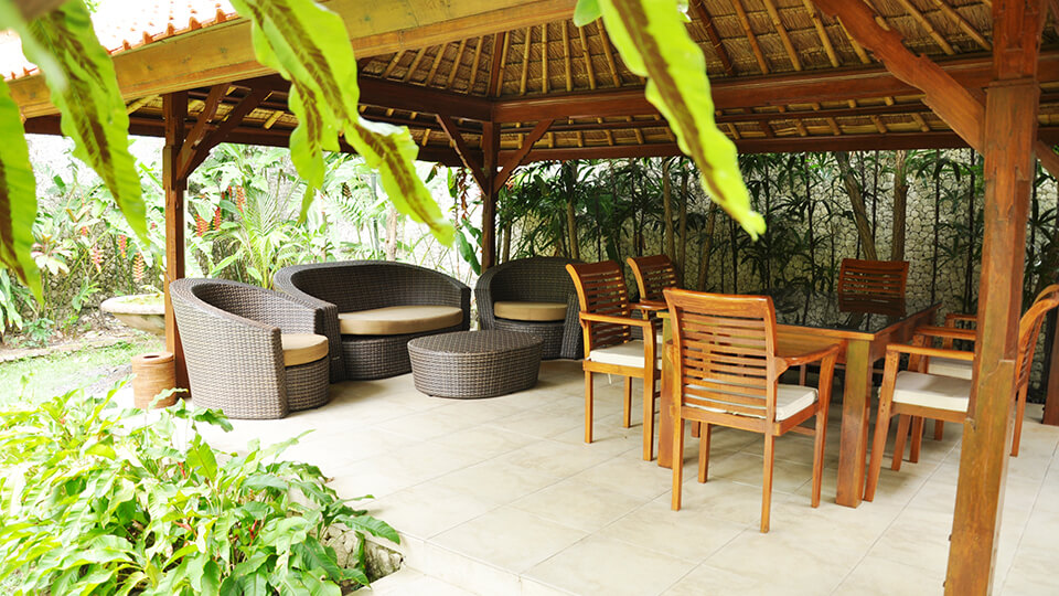 9. baliana-villa-legian-outdoor