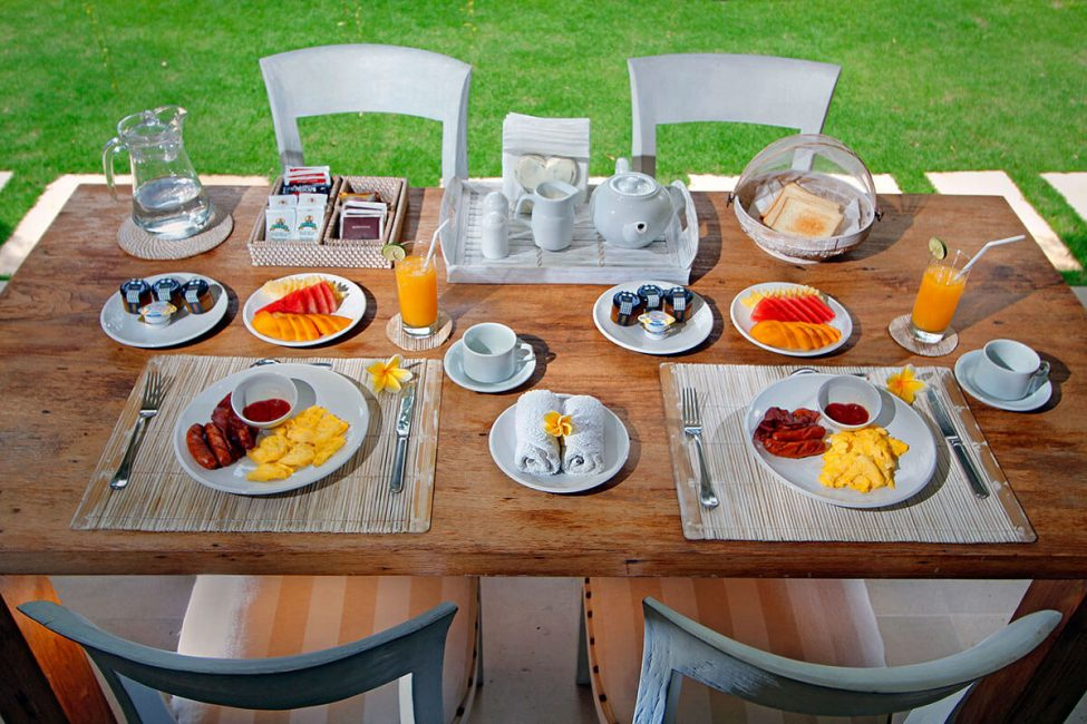 the-lodek-villas-breakfast