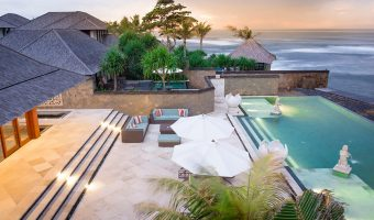 Villa Bayu Gita. Superb Beachfront